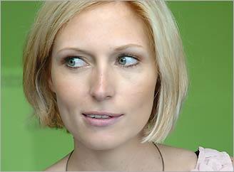 Jenny Winkler alias Nathalie von Lahnstein aus